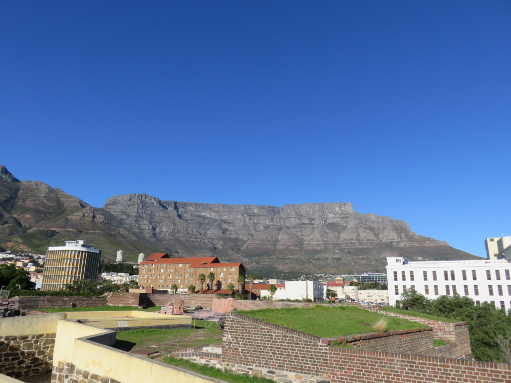 De Tafelberg vanaf het kasteel.