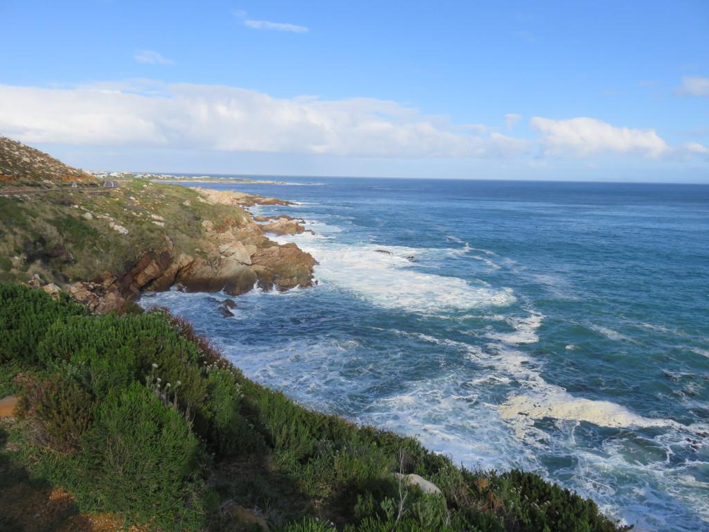 Zo'n mooi uitzicht langs de kust