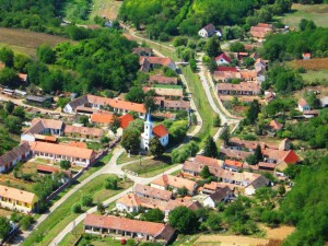 Het dorpje Kisjakabvalva
