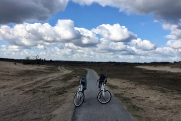Lege fietsen op pad