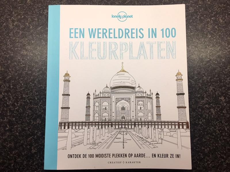 Lonely planet kleurboek een mooi cadeau voor reisgekken