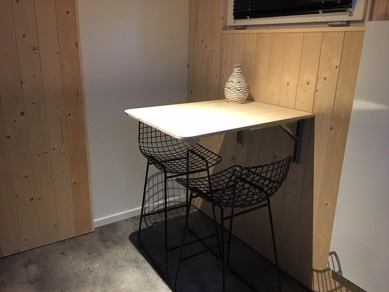 Ontbijtplek Tiny House Limburg