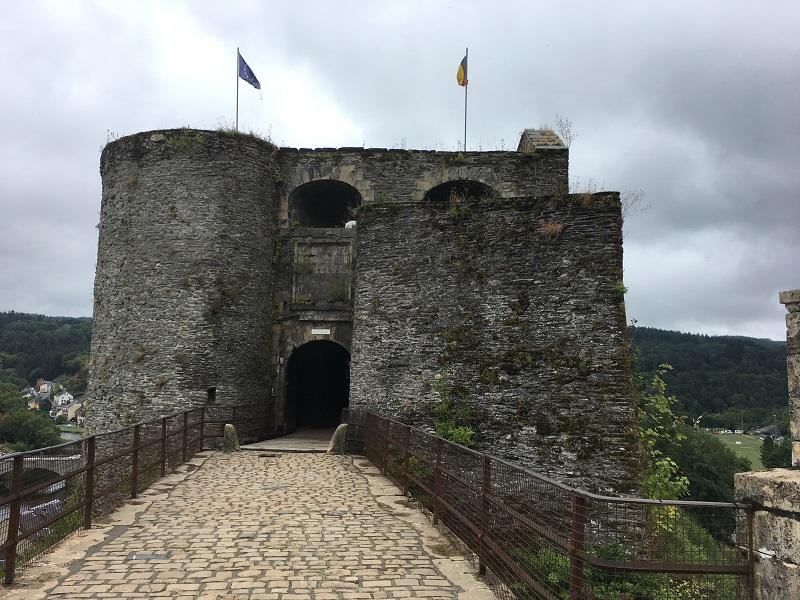 Ingang Chateau de Bouillon